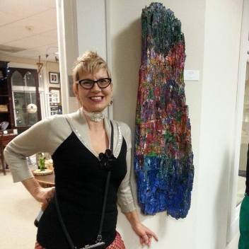 Jill had 3 pieces in the show and won a prize!